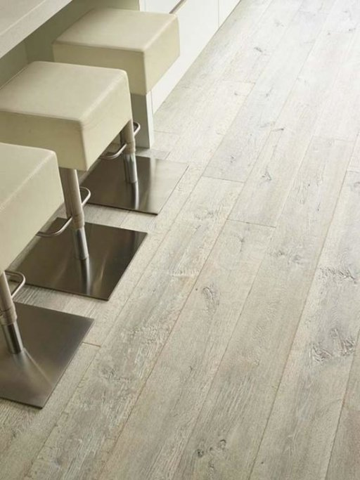Tradition Classics Vouvray Engineered Oak Flooring, Smoked, Brushed, Handscraped, White Oiled, 15x190x1900 mm Image 2