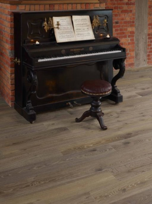 Tradition Classics Malbec Antique Engineered Oak Flooring, Smoked, Brushed, Oiled, 15x189x1860 mm Image 1