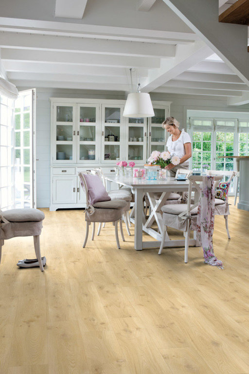 QuickStep Livyn Balance Click Plus Drift Oak Beige Vinyl Flooring Image 2