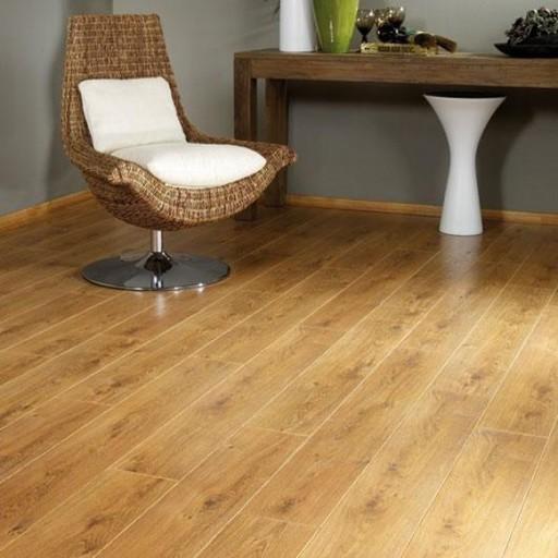 Balterio Tradition Quattro Liberty Oak V Groove Laminate Flooring 9 mm Image 1