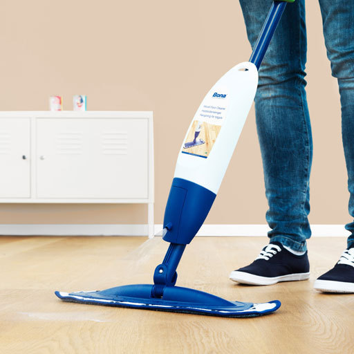 Bona Wood Floor Spray Mop Cleaning Kit Image 2