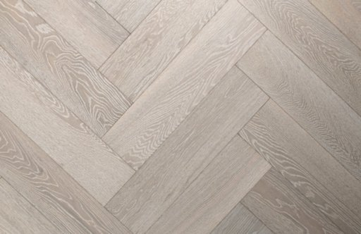Chene Herringbone Engineered White Oak Flooring, Brushed, UV Oiled 600x150x14 mm Image 1