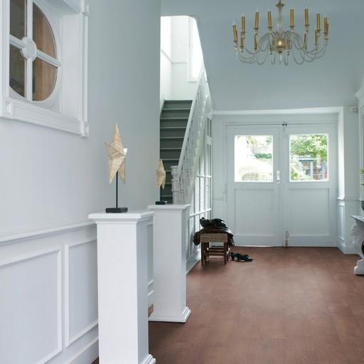 QuickStep CLASSIC Old Oak Natural Laminate Flooring, 8 mm Image 1