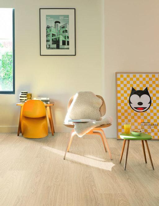 QuickStep CLASSIC Victoria Oak Laminate Flooring, 8 mm Image 2