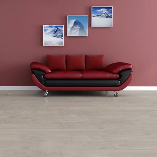 Chene Interlaken Oak Laminate Flooring, 12 mm Image 1