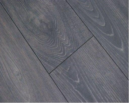 Chene Arosa Oak Laminate Flooring, 12 mm Image 1