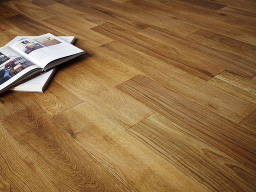 Chene Engineered Oak Flooring, Lacquered, 190x6x20 mm Image 1