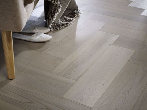 Chene Herringbone Engineered Grey Oak Flooring, Brushed, UV Oiled 600x150x14 mm Image 1