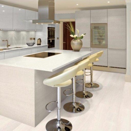 Chene Oristano Oak 4-V Groove Laminate Flooring , 8 mm Image 1