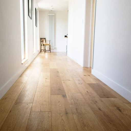 V4 Eiger Engineered Oak Flooring, Rustic, Brushed & Oiled, 190x18x1900 mm Image 1