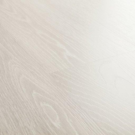 QuickStep ELIGNA Estate Oak Light Grey Laminate Flooring 8 mm Image 3