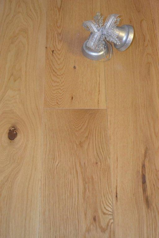 Elka Oak Engineered Wood Flooring, Brushed, Oiled, 189x4x20 mm Image 1