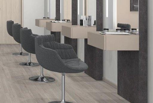 EGGER Medium White Corton Oak Laminate Flooring, 135x10x1291 mm Image 1