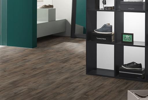 EGGER Classic Grey Brynford Oak Laminate Flooring, 193x8x1291 mm Image 2