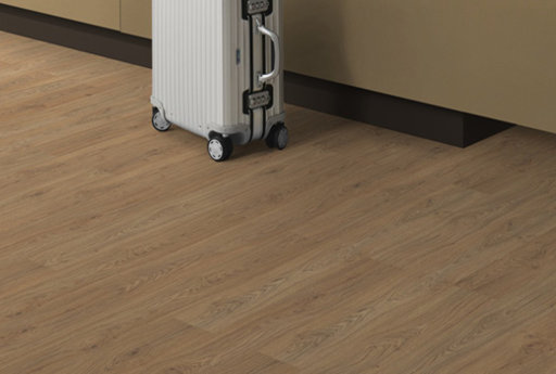EGGER Medium Natural Starwell Oak Laminate Flooring, 135x10x1291 mm Image 1