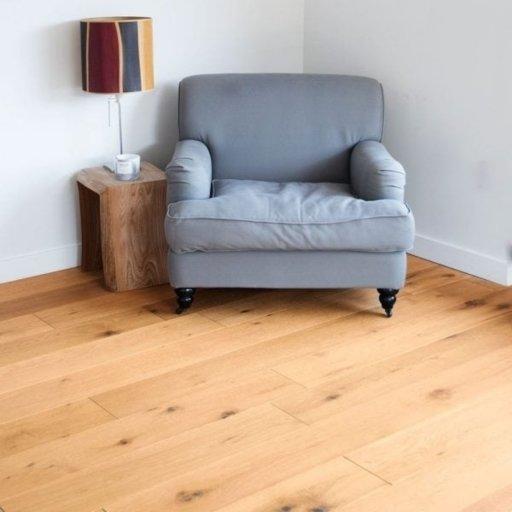 V4 Eiger Engineered Oak Flooring, Rustic, Oiled, 190x18x1900 mm Image 1