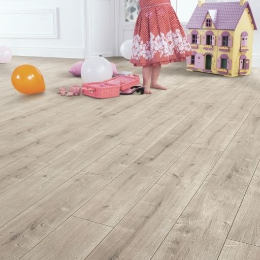 Elka Driftwood Oak, Aqua Protect, Laminate Flooring, 8 mm Image 2