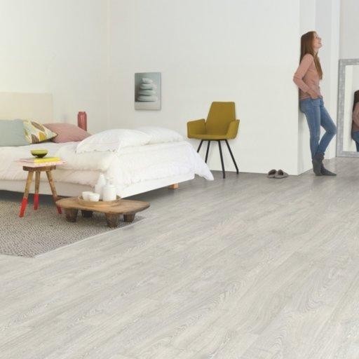 QuickStep Impressive Patina Classic Oak Grey Laminate Flooring, 8 mm Image 1