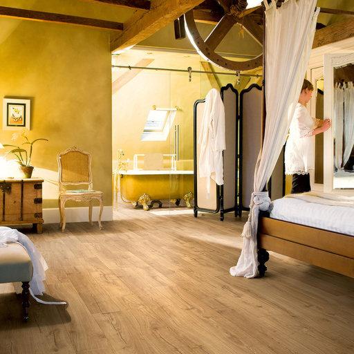 QuickStep Impressive Ultra Classic Oak Natural Laminate Flooring, 12 mm Image 1