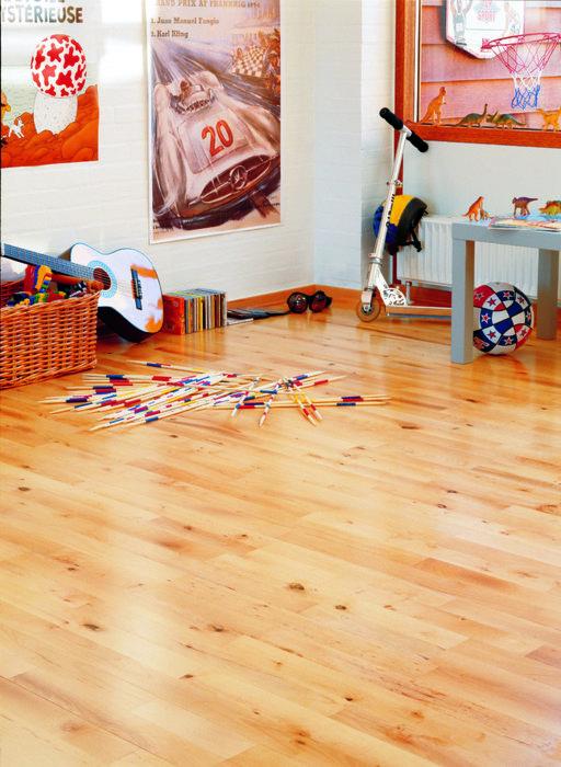 Junckers Beech Solid 2-Strip Wood Flooring, Silk Matt Lacquered, Variation, 129x14 mm Image 4