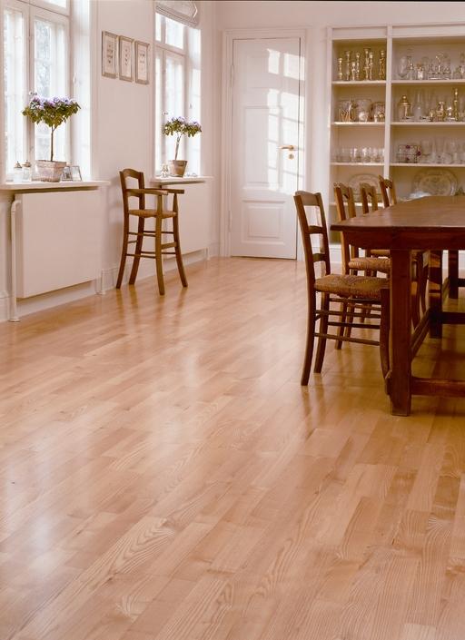 Junckers Light Ash Solid 2-Strip Wood Flooring, Silk Matt Lacquered, Variation, 129x14 mm Image 3