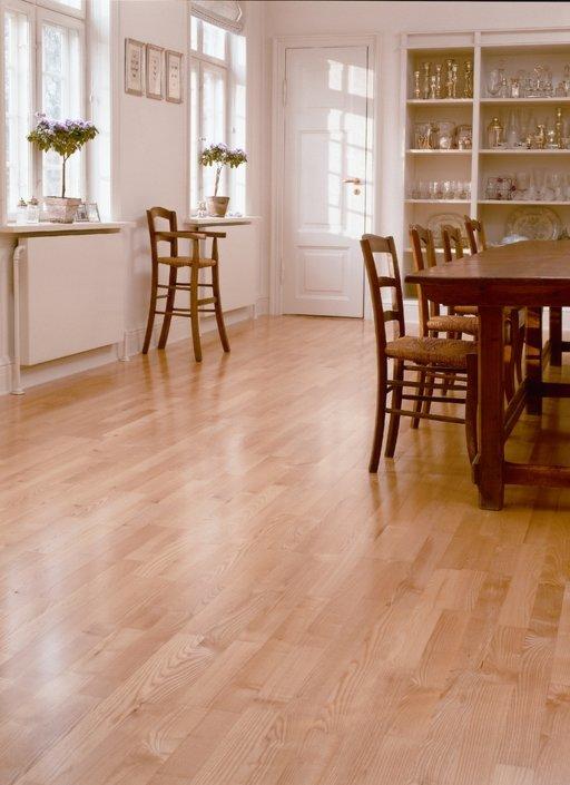 Junckers Light Ash Solid 2-Strip Wood Flooring, Untreated, Variation, 129x22 mm Image 2