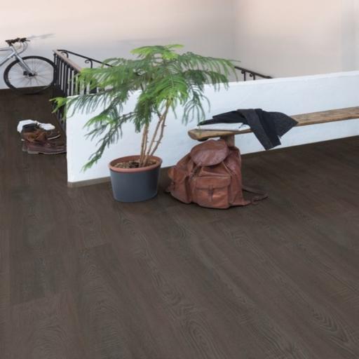 Lifestyle Harrow Dark Oak Laminate Floor, 8 mm Image 2