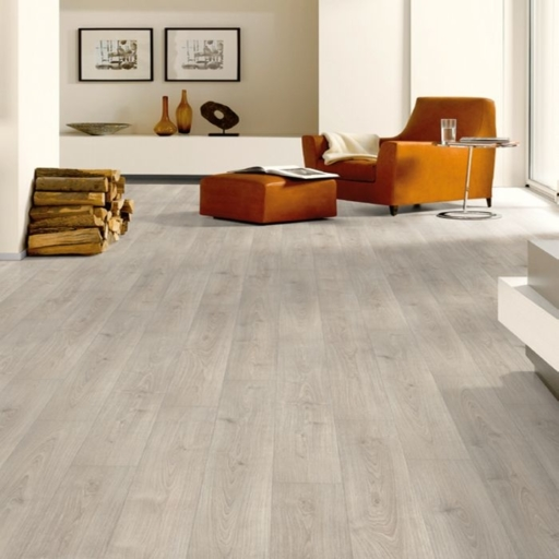 Lifestyle Harrow Grey Oak Laminate Floor, 8 mm Image 2