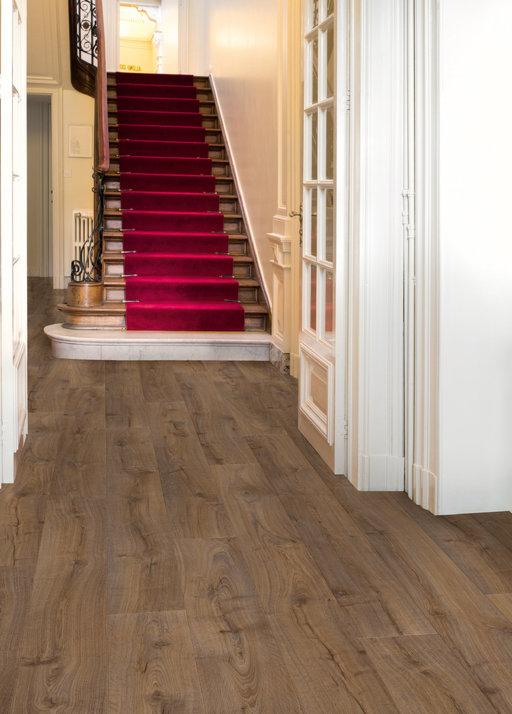 QuickStep LARGO Cambridge Oak Dark Planks Laminate Flooring 9.5 mm Image 1