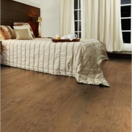 Lifestyle Chelsea Country Oak 4v-groove Laminate Flooring, 8 mm Image 1