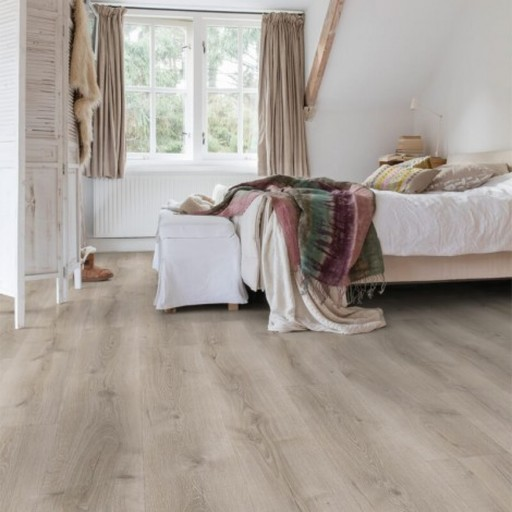 QuickStep Majestic Desert Oak Brushed Grey Laminate Flooring, 9.5 mm Image 1