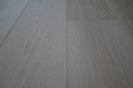 Tradition Unfinished Oak Engineered Flooring, Rustic, 300x6x20 mm Image 2