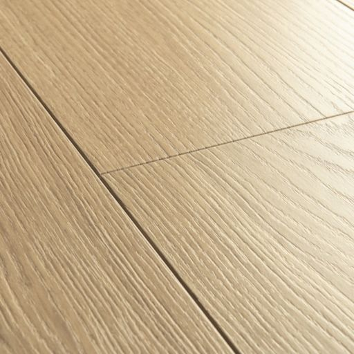 QuickStep Signature Beige Varnished Oak Laminate Flooring, 9 mm Image 3