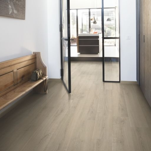 QuickStep Signature Brushed Oak Beige Laminate Flooring, 9 mm Image 1