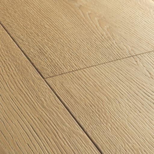 QuickStep Signature Brushed Oak Warm Natural Laminate Flooring, 9 mm Image 3