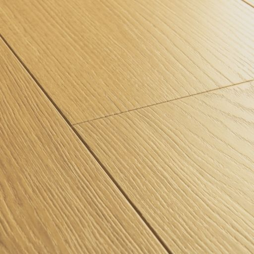QuickStep Signature Natural Varnished Oak Laminate Flooring, 9 mm Image 3