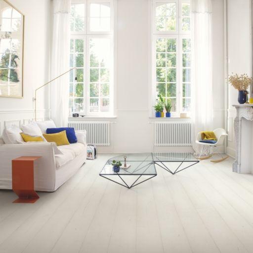 QuickStep Signature Painted Oak White Laminate Flooring, 9 mm Image 1