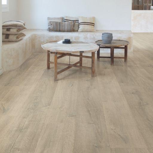 QuickStep Signature Patina Oak Brown Laminate Flooring, 9 mm Image 1