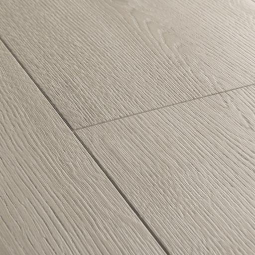 QuickStep Signature Brushed Oak Grey Laminate Flooring, 9 mm Image 3