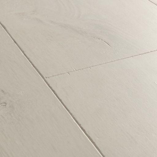 QuickStep Signature Soft Patina Oak Laminate Flooring, 9 mm Image 3
