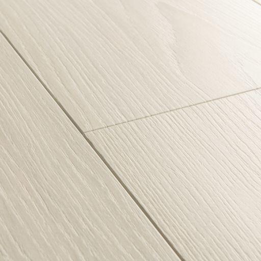 QuickStep Signature White Premium Oak Laminate Flooring, 9 mm Image 3
