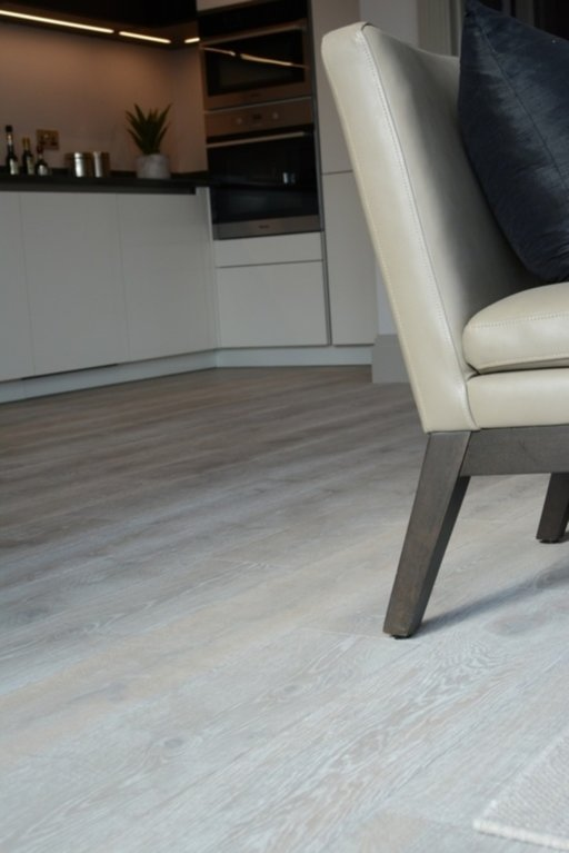 Tradition Ocean Breeze Engineered Oak Flooring, Oiled, Brushed, 180x4x14.5 mm Image 4