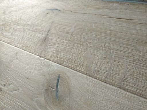 Tradition Antique Engineered Oak Flooring, Distressed, Brushed, Unfinished, 220x15x2200 mm Image 2