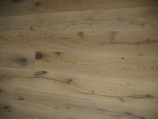 Tradition Antique White Oak Engineered Flooring, Rustic, Distressed, Brushed & Oiled, 1900x20x190 mm Image 3