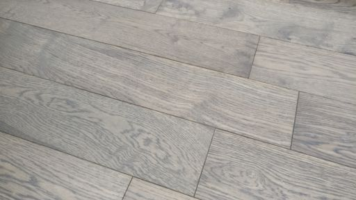 Tradition Coffee Oak Engineered Flooring Rustic, Lacquered, 150x3x14 mm Image 2
