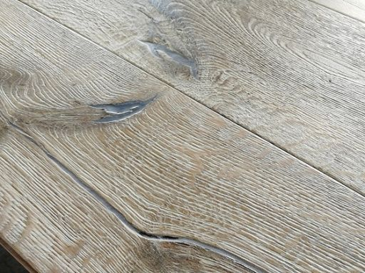 Tradition Deluxe Engineered Oak Flooring, Rustic, Distressed, 220x15x2200 mm Image 1