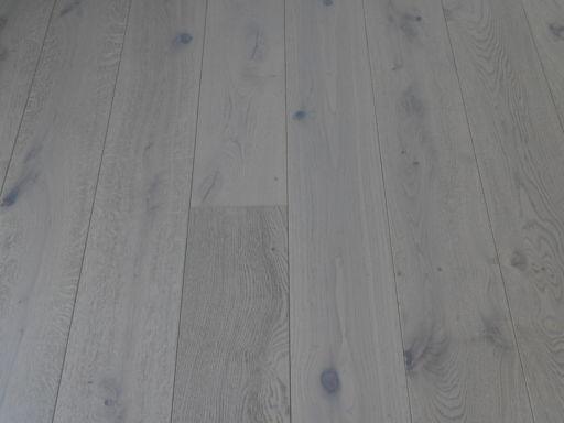Tradition Dove Grey Engineered Oak Parquet Flooring, Rustic, 190x14x1900 mm Image 2