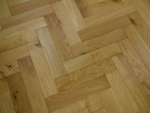 Tradition Engineered Oak Parquet Flooring, Brushed, UV Oiled, 90x18x400 mm Image 2