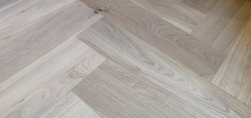 Tradition Engineered Oak Parquet Flooring, Herringbone, Invisible Finish, 150x14x600 mm Image 1