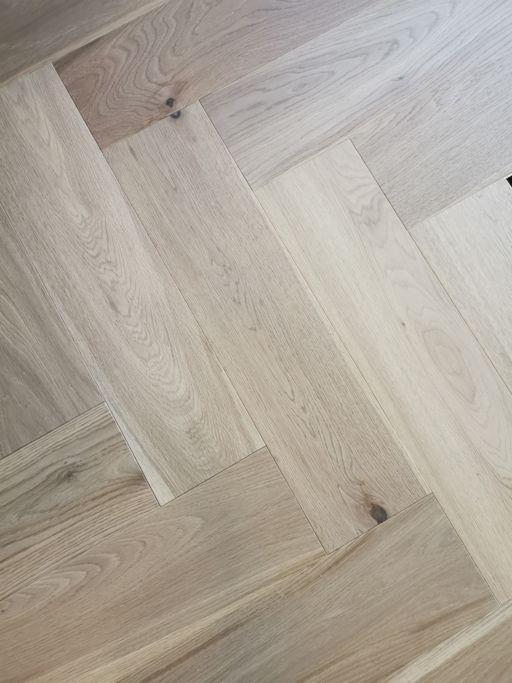 Tradition Engineered Oak Parquet Flooring, Herringbone, Invisible Finish, 150x14x600 mm Image 3